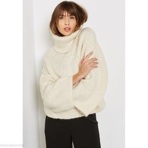Wool white sweater Mango